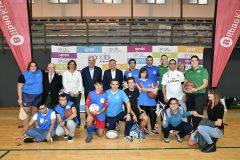 Un centenar de personas de APNABI Autismo Bizkaia participa en una jornada multideporte celebrada en Bilbao
