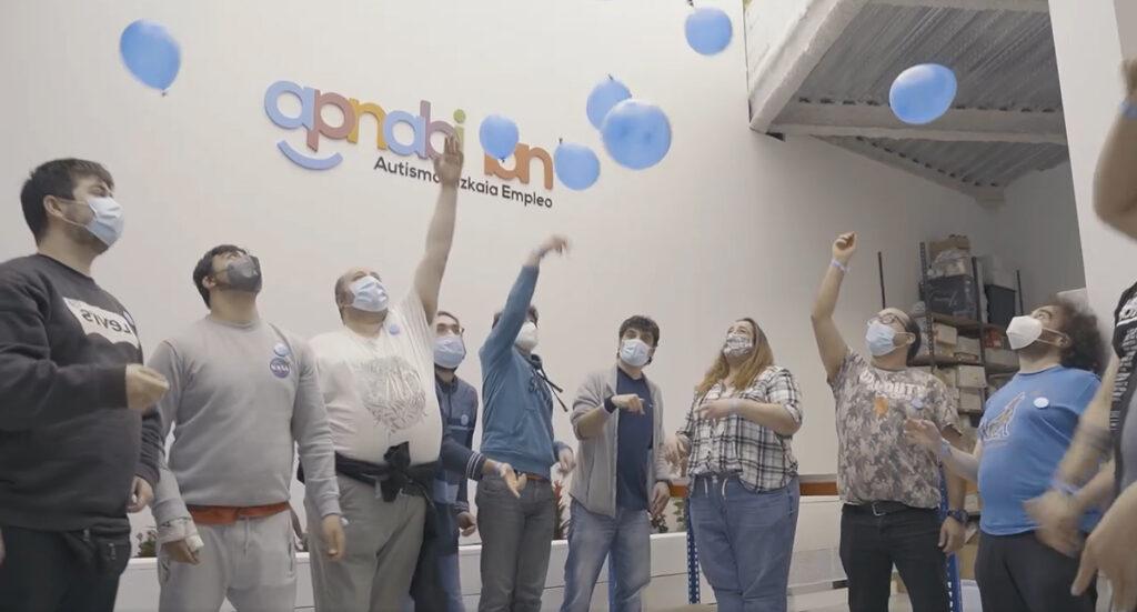 Más de 500 personas se suman a la globada virtual de  APNABI para visibilizar el autismo en su día mundial el  próximo 2 de abril